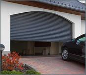 Rolovací garážová vrata