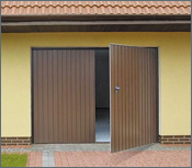 Dvoukřídlá garážová vrata